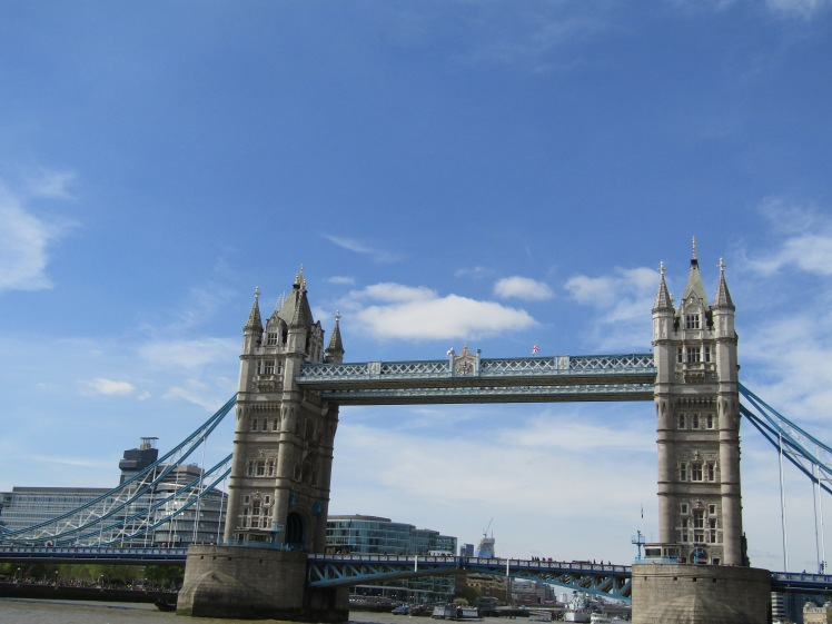 141. London - Thames cruise.JPG