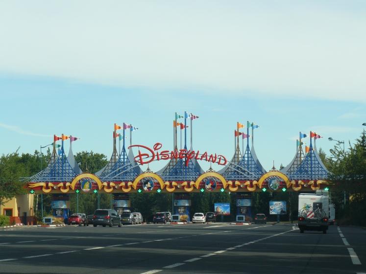 220. Disneyland París.JPG